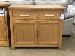 Malvern Light Oak 2 Door 2 Drawer Sideboard