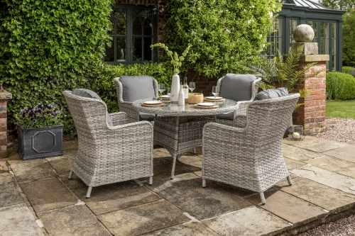 Helmsley 4 Seat Dining Set
