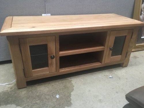 Hambleton Solid Oak Large Tv Stand