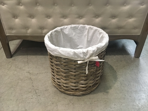 Small Round Log Basket