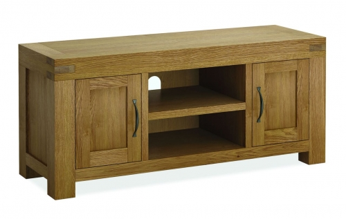 Sutton Rustic Waxed Oak Medium Tv Stand